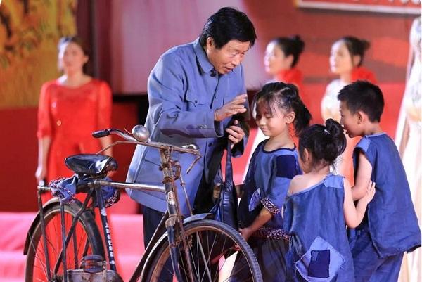 """喜迎""""七一""""漯河南街村举办红色经典咏颂大赛"""